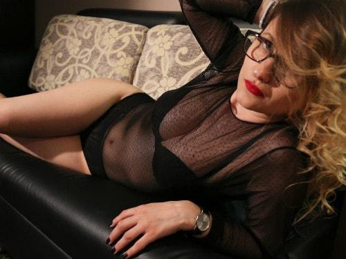 milf mistress cam