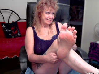 granny foot mistress