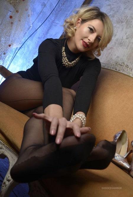 goddess amber shows stockings
