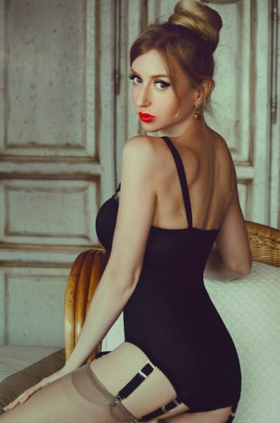 hot blonde money mistress in garters