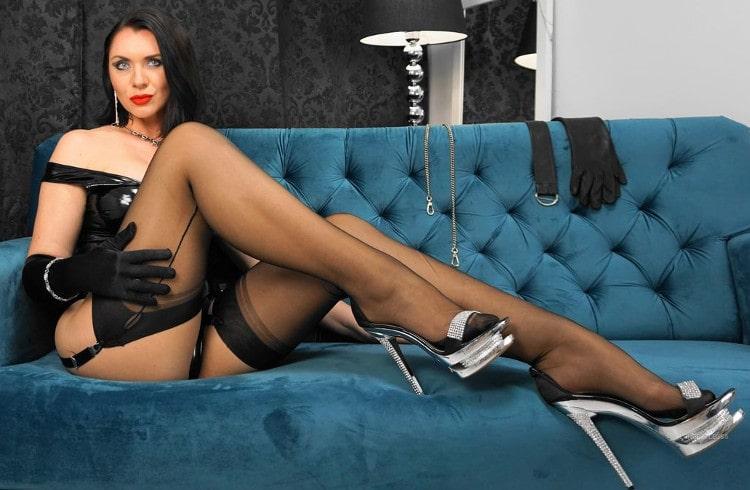 long legs mistress teasing pantyhose & heels