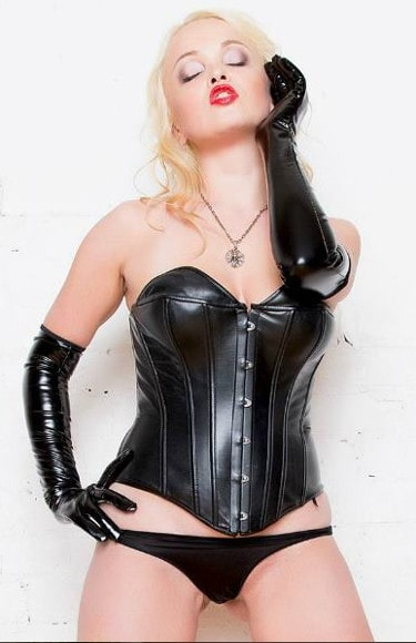 Fetish Blonde the Roleplay Domme